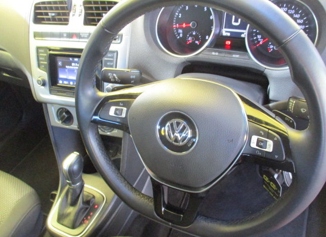 2016 VW POLO GP 1.2 TSI HIGHLINE DSG R249 995. full