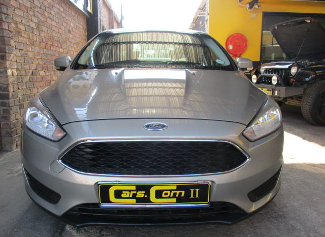 2016 FORD FOCUS 1.0 ECOBOOST AMBIENTE R199 995. full