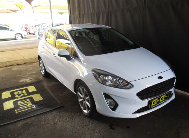 2018 FORD FIESTA 1.0 ECOBOOST TREND 5DR R229 995. full